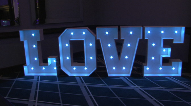 Light up Letters, the Latest Trend at Weddings