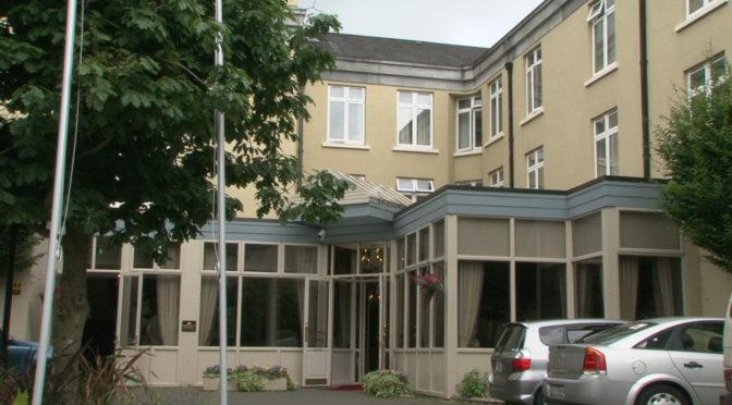 Kilkenny Hotels ( Kilkenny River Court Hotel )